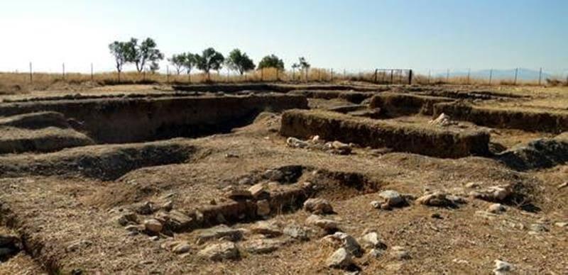 εικόνα αρχαιολογικός χώρος λευκαντί εύβοια