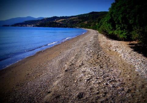παραλία σηπιάδα λίμνη εύβοια