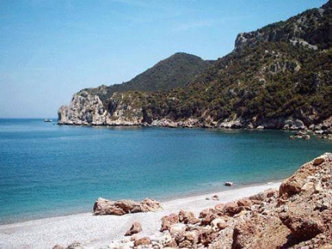 παραλία τσίλαρος κύμη κεντρική εύβοια