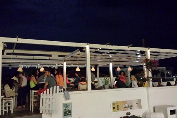 cafe-bar ακαμάτρα σκύρος
