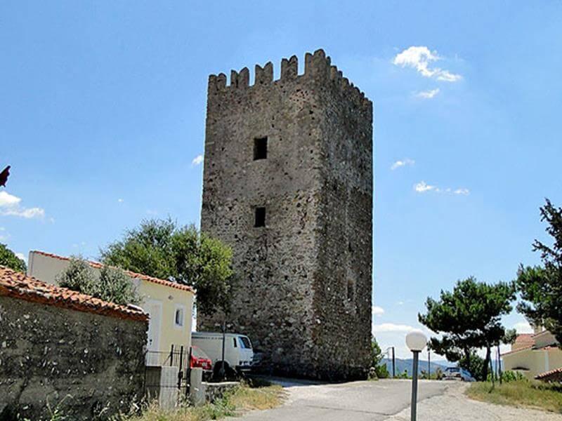 πύργος αυλωναρίου εύβοια