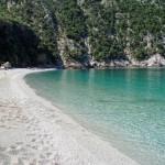 εικόνα παραλία θαψά κύμη εύβοια